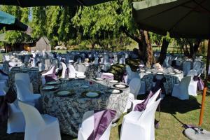 garden function floral cloths